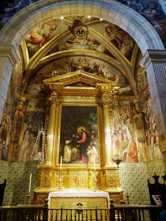 Chapel of San Vicente Ferrer with a painting of the miraculous healing of the saint