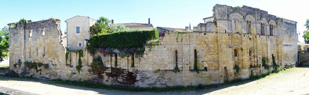 Wall surrounding Saint-Émilion