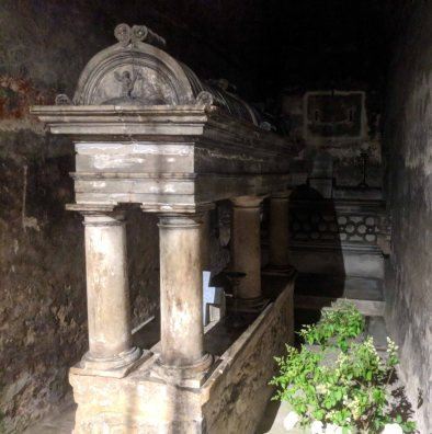 The 6th century crypt