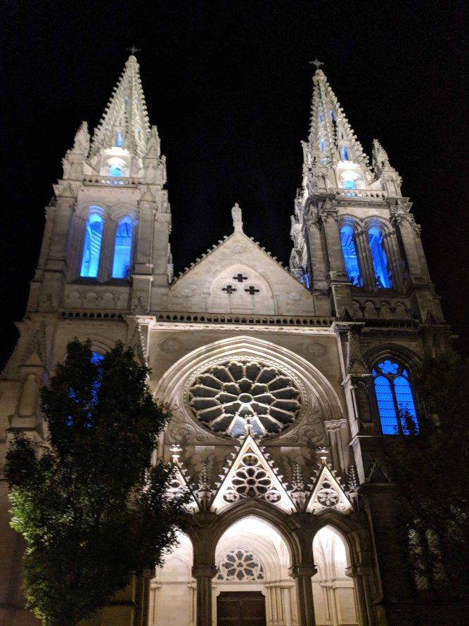 Église Saint-Louis des Chartrons at night