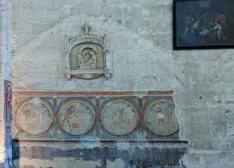 Ancient wall decoration. Collegiate Church of Saint-Emilion
