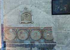 Ancient wall decoration. Collegiate Church of Saint-Emilion