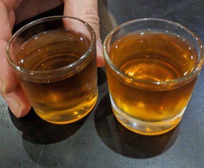 Licor de Nispero (Loquat) liquer aperitif