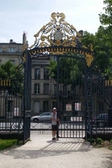 The main gate to the Musée des Beaux-arts
