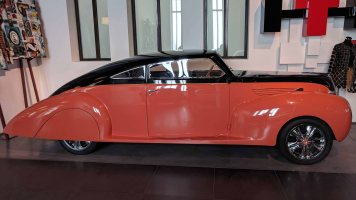 LINCOLN USA 1938 V12 110 hp 4400 cc. Modelo Zephyr «Barracuda»