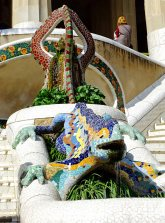 The most famous sculpture of the iguana at Park Güell