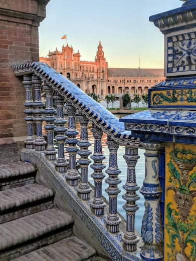 Beautiful tiled handrails