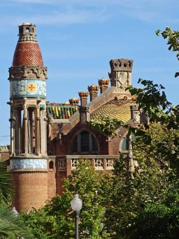 One of the many buildings at the hospital Sant Pau, Recinte Modernista