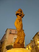 Monumento a Lola Flores (a famous Flamenco dancer)